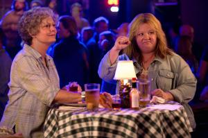 still-of-susan-sarandon-and-melissa-mccarthy-in-tammy-(2014)-large-picture